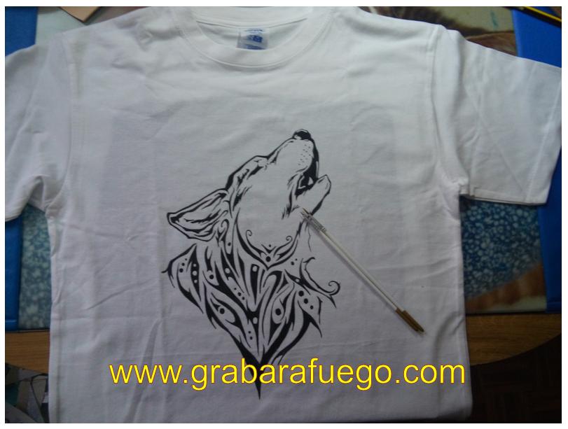 camiseta lobo.png