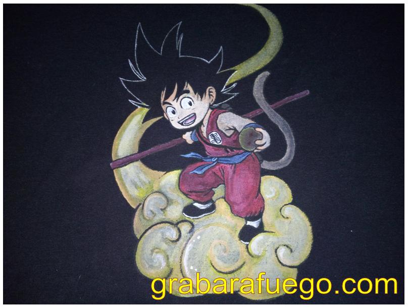 camiseta goku nube